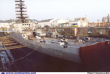 Histoire du patrouilleur albatros - Surplus militaire brest port de commerce ...